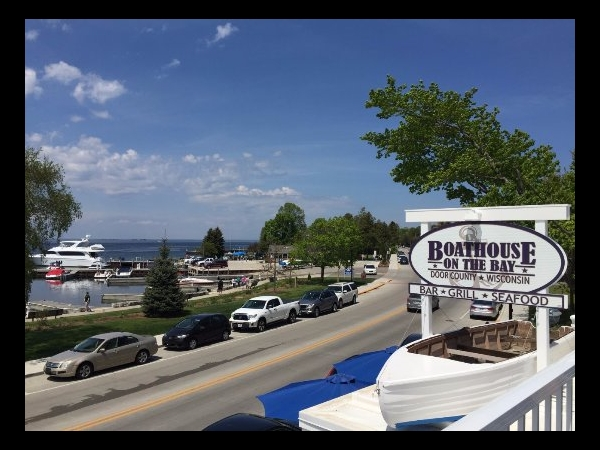 Sister Bay, WI - Server, Hostess, Busser - $3.00 + tips